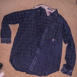 Tommy Hilfiger Shirts - VINTAGE TOMMY HILFIGER LONG SLEEVE BUTTON UP